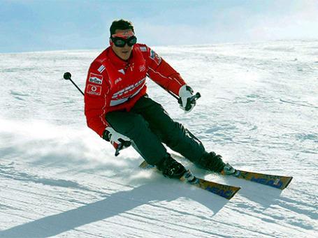 Михаэль Шумахер на горнолыжном курорте в Италии, 2004 год. Фото: Reuters