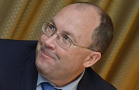 http://cdn.bfm.ru/news/maindocumentphoto/2015/12/07/rostur.jpg