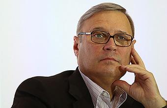 Песков назвал нападение на Касьянова «хулиганской выходкой, подлежащей осуждению»