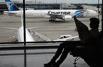 Версия теракта на борту EgyptAir: стоит ли искать следы взрывчатки?