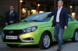 Самарских чиновников пересадят на родной автопром