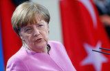 Меркель возлагает на РФ вину за страдания мирных сирийцев