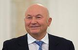 Лужков: Снос павильонов «близок к незаконным действиям»