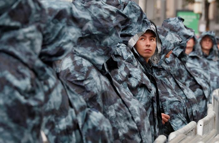 https://cdn.bfm.ru/gallery/width700/2019/08/03/2019-08-03t000000z_285520717_rc1b63e0cf20_rtrmadp_3_russia-politics-protests.jpg