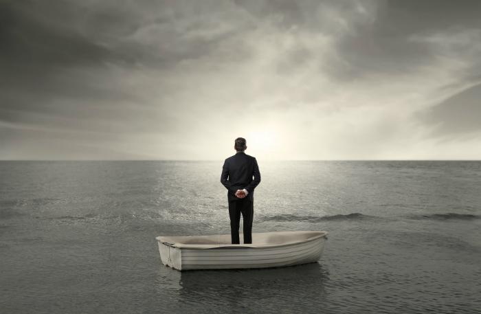Одиночество и самоизоляция: как не перестараться с саморазвитием и справиться с тревожными мыслями