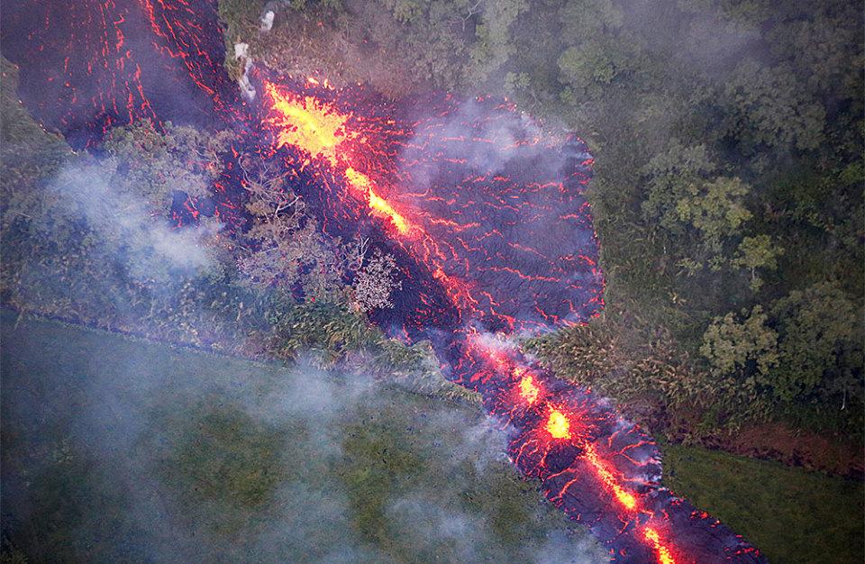 https://cdn.bfm.ru/gallery/width960/2018/05/14/volcano.jpg