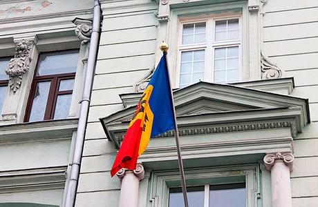 Эксперт: ограничение российских СМИ в Молдавии — «продажа русофобии Западу»