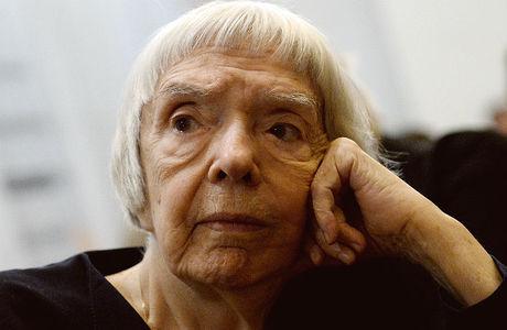 Памяти Людмилы Алексеевой. Как девушка с обворожительной улыбкой стала правозащитником
