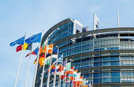 «Если мы постоянно проигрываем на «Евровидении», давайте хотя бы немец станет главой Еврокомиссии»