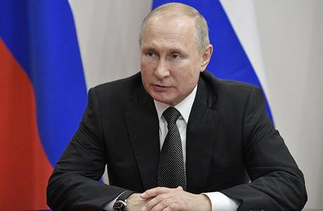Путин заявил, что Россия не будет втягиваться в гонку вооружений, и поручил подготовить симметричный ответ на испытание США ракеты