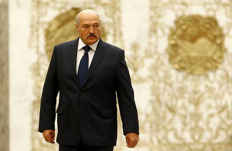 Лукашенко: «Синеющими пальцами держаться за кресло не буду»