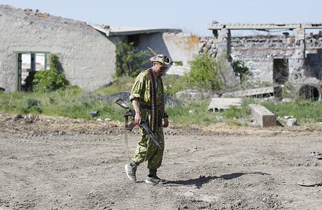 В Донбассе должен вступить в силу режим прекращения огня