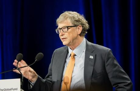 Билл Гейтс предупредил о несовершенстве разрабатываемых вакцин от коронавируса
