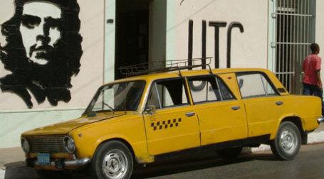 Модифицированное такси ВАЗ-2101 на Кубе. Фото:Riccardo Romano/flickr.com
