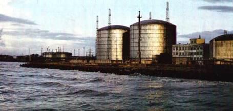 Вентспилсский порт в Латвии.