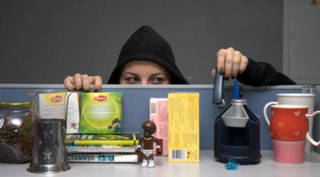 Воровство в офисах. Фото: К.Добровицкий/BFM.ru