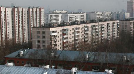 Для оценки стоимости квартиры риэлтерам приходится сравнивать цены с аналогичным жильем в том же районе. Фото: Александр Беленький/BFM.ru