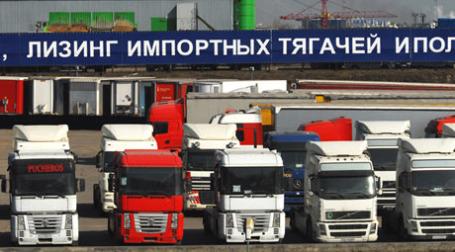 Продажа и лизинг тяжелых грузовиков. Фото: PhotoXPress