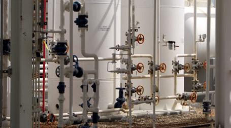 Газовые трубы. Фото: care smc/flickr.com