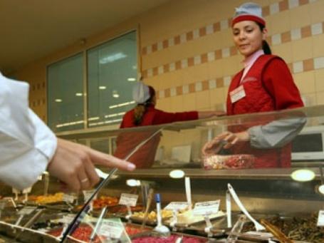 Россияне тратят на продукты питания все большую часть своего дохода. Фото: РИА НОВОСТИ