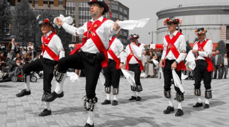 Англичане празднуют. Фото: patrick mayon/flickr.com