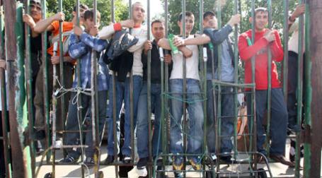 Бывшие работники Черкизовского рынка. Фото: РИА Новости