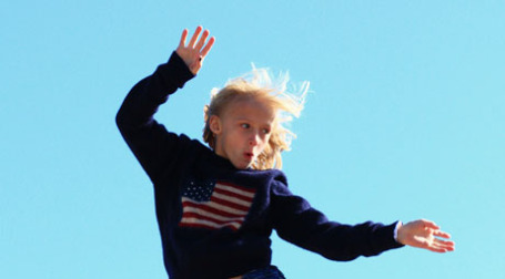 Американская девочка танцует. Фото: pink sherbet photograpfy/flickr.com