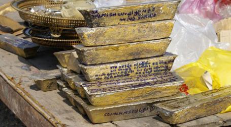 Золотые слитки. Фото: SiamEye/flickr.com