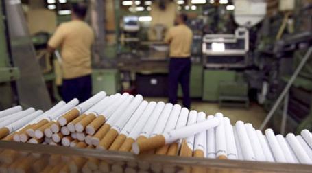 Производство сигарет. Фото: AFP
