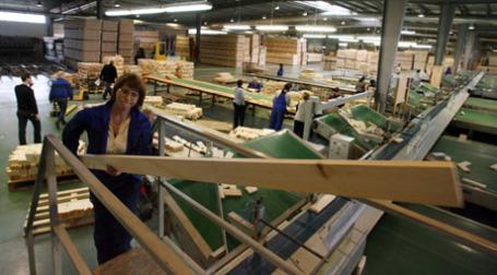 Из российской древесины во всем мире строится примерно 33 млн кв. метров жилья. Фото: dan bergstrom/flickr.com