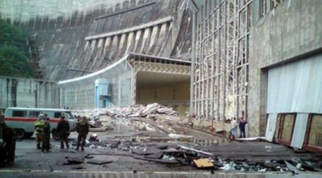 Восстановительные работы на Саяно-Шушенской ГЭС. Фото: AFP