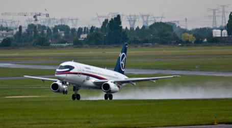 Сухой Superjet 100. Фото: sergeydolya.livejournal.com
