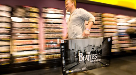 Поклонники раскупают переиздание дисков