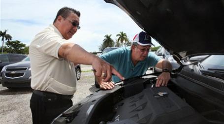 GM рассчитывает на увеличение продаж автомобилей. Фото: AFP