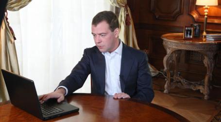 Дмитрий Медведев подвел итоги года существования его личного видеоблога. Фото: РИА Новости
