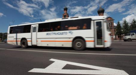 Выделенные полосы для маршрутного транспорта на Волоколамском шоссе признаны эффективными. Фото: РИА Новости