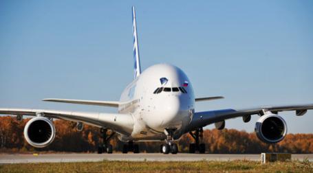 Airbus 380 в