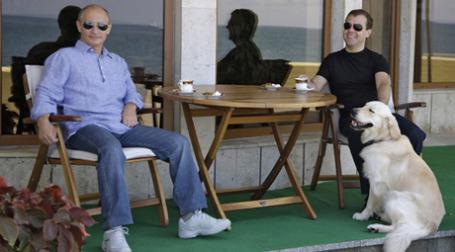 К сегодняшнему дню джинсы стали полноправной частью делового костюма во всем мире. Фото: РИА Новости