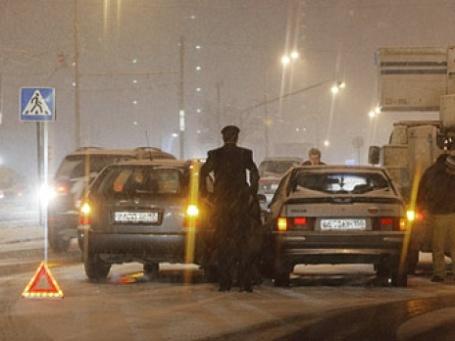 Число мошенничеств в автостраховании самое высокое. Фото: РИА Новости