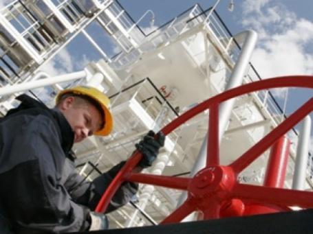Мир гораздо ближе к истощению запасов нефти, нежели это признается в официальных прогнозах. Фото: rosneft.ru