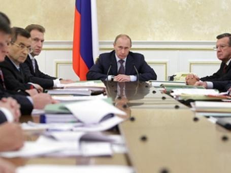 Правительство РФ снизило большую часть целевых макроэкономических показателей. Фото: РИА Новости