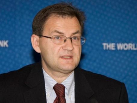 Главный экономист Всемирного Банка по России Желько Богетич в марте прогнозировал, что ВВП РФ упадет всего на 4,5%. Фото: World Bank/flickr.com