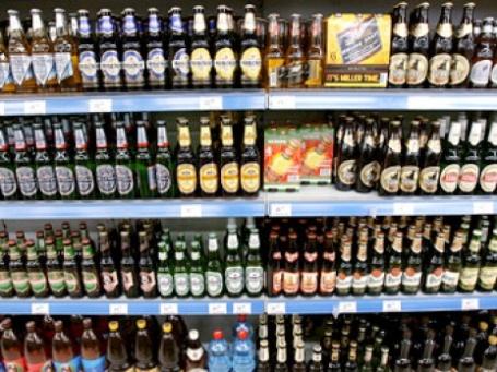 Российские стекловары предлагают запретить розлив пива и напитков в ранее использованные бутылки. Фото: РИА Новости