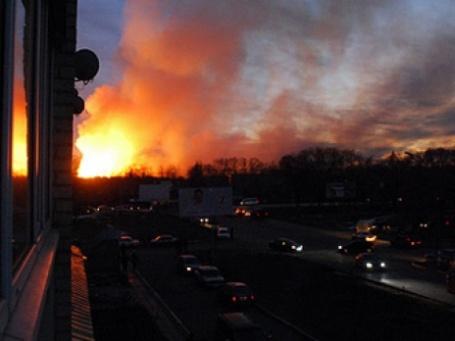 Пожар на 31-м арсенале привел к остановке движения в ряде районов Ульяновска.Фото: РИА «Новости»