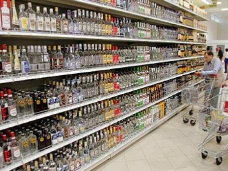 В ближайшее время будут расти ставки акцизов на алкоголь, пиво и сигареты. Фото: ИТАР-ТАСС