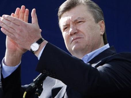 Виктор Янукович заявил, что после пяти лет прозападной политики Киев должен восстановить прочные связи с Россией и замедлить процесс сближения с НАТО. Фото: РИА Новости