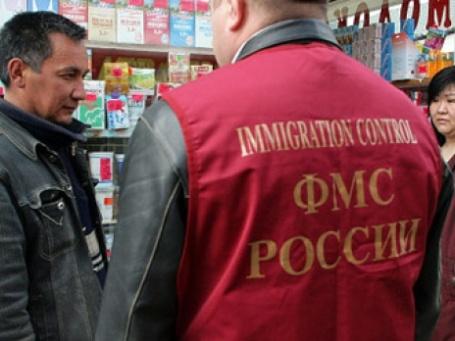 В будущем году квота мигрантов в России будет снижена почти  до примерно 2 млн человек. Фото: РИА Новости