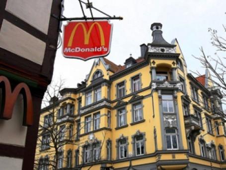 Крупнейшая мировая сеть быстрого питания McDonald's начала зеленеть с Германии. Фото: Duckling!/flickr.com