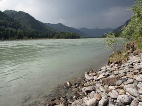 Чистые реки есть только в Сибири и на Дальнем Востоке, где живет меньшинство населения РФ. Фото: РИА Новости