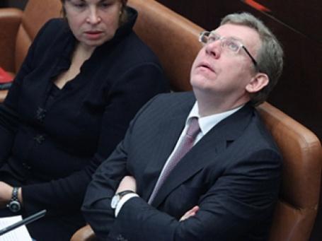 Алексей Кудрин считает, что кризисные проблемы в российской экономике будут «рассасываться» еще год-два. Фото: РИА Новости